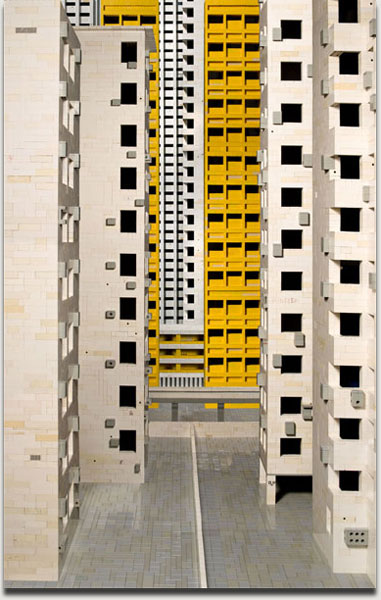 "Andreas Zimmermann, ""Hongkong 2"", c-print on aludibond in a grey artist's frame, 2008, 123 cm x 80 cm. Auflage 5+2AP"